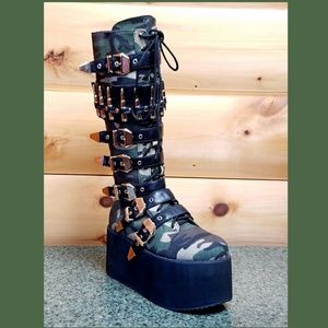 Bully Camo Bullet strap Platform Combat Knee Boots